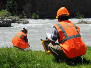 Цель и нюансы экологического контроля выбросов в атмосферу и в водные объекты